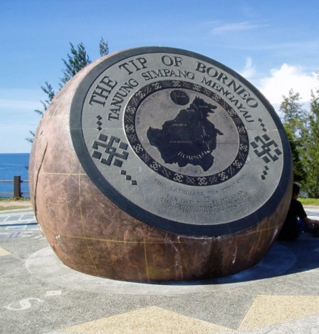 Tip Of Borneo Monument