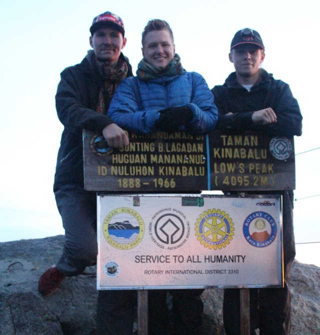 Top of Mount Kinabalu with Borneo Starcruise