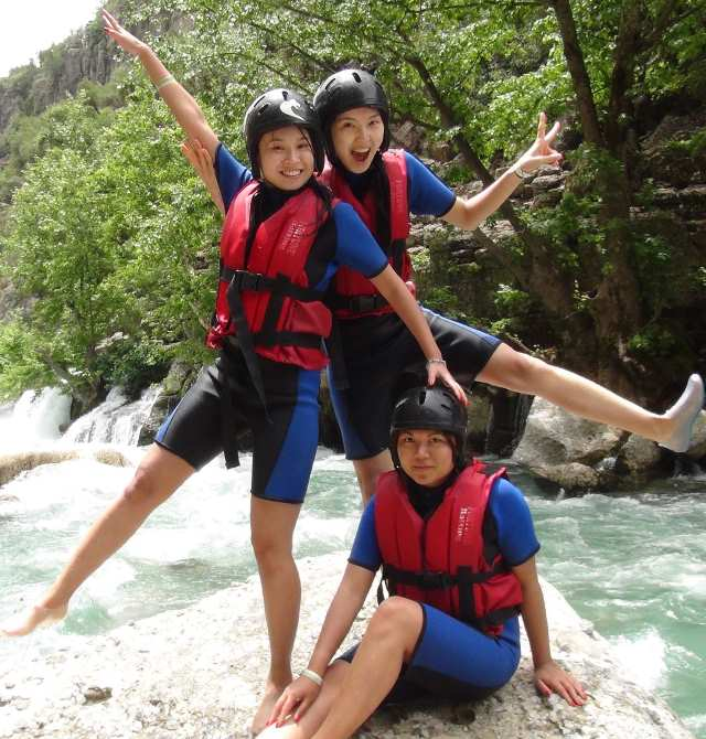 white water rafting with Borneo Starcruise